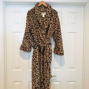Soft Leopard Print Robe